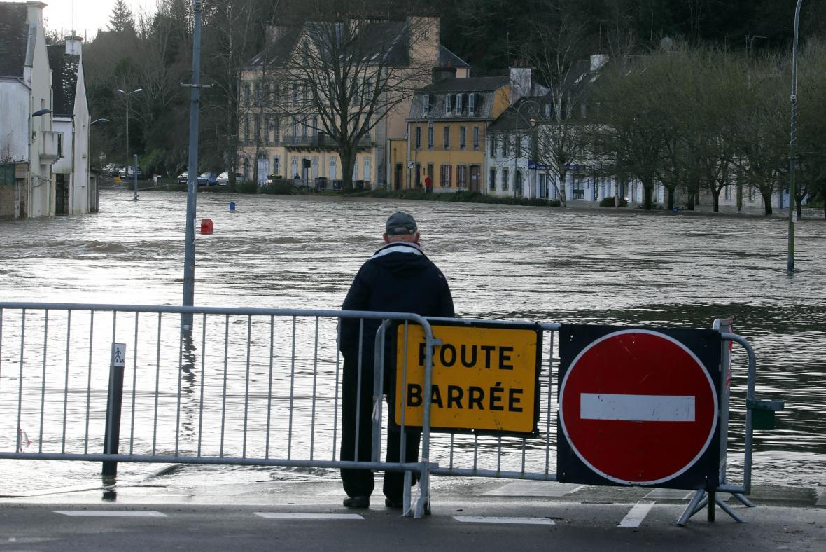 Velká voda zasáhla i západ Francie