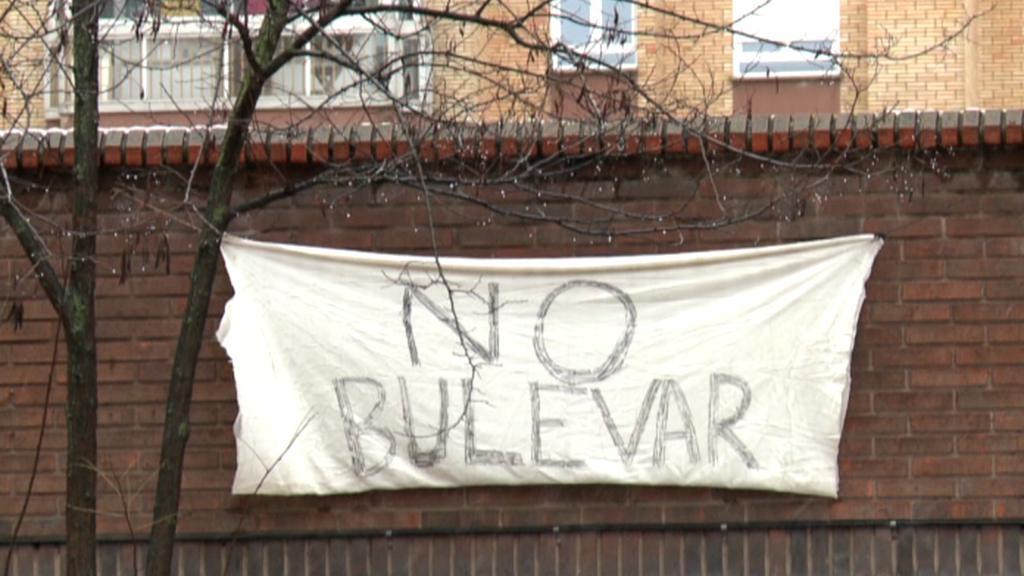 Protest proti výstavbě nového bulváru