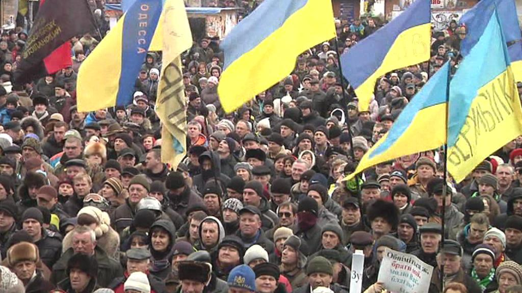 V Kyjevě se opět sešlo několik desítek tisíc lidí