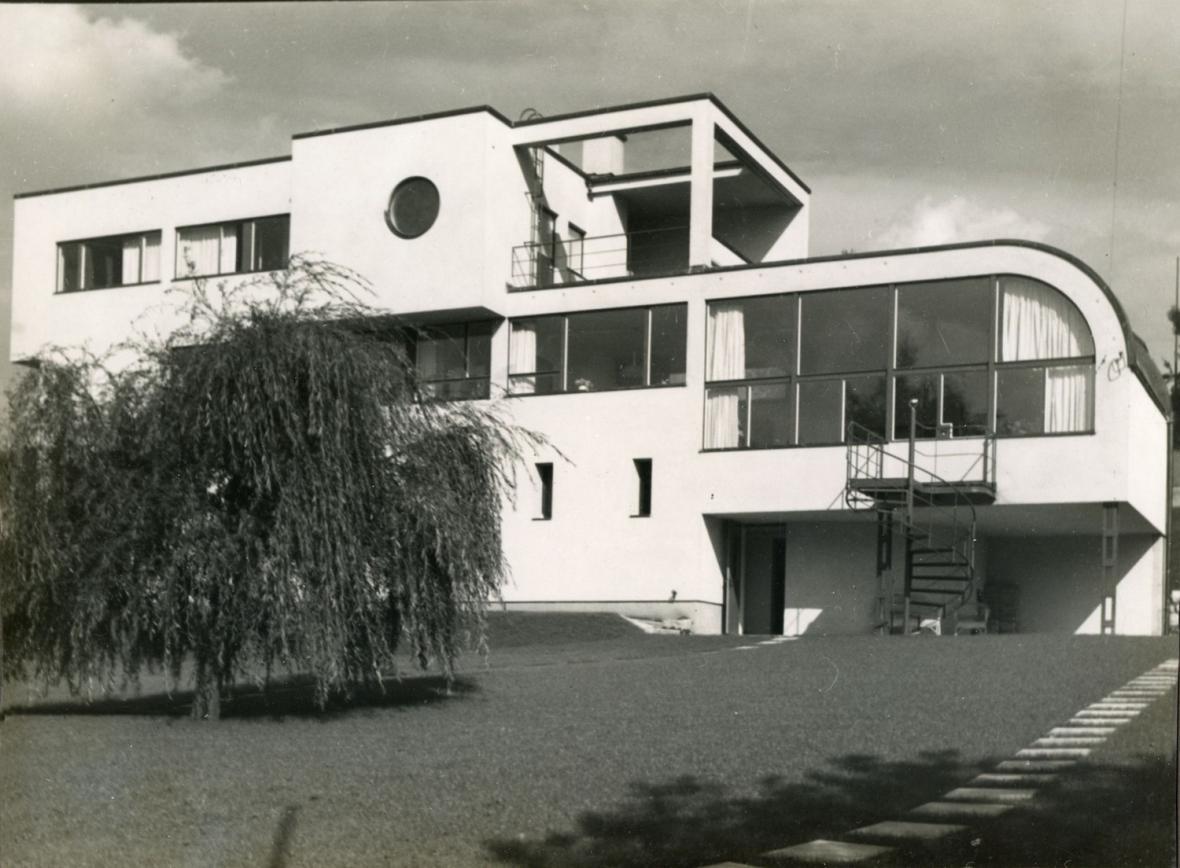 Heinrich Lauterbach - Jablonec nad Nisou, vila dr. Schmelowského, 1932-1933