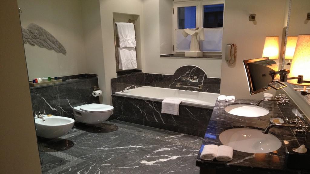 Sgrafitová koupelna