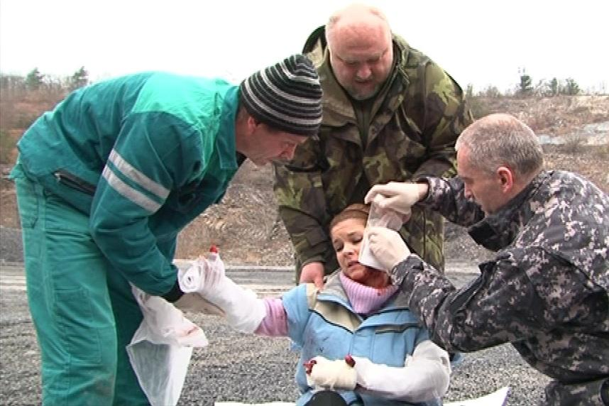 Záchrana zraněných po závalu