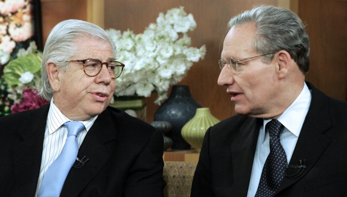 Novináři Carl Bernstein (vlevo) a Bob Woodward v roce 2005