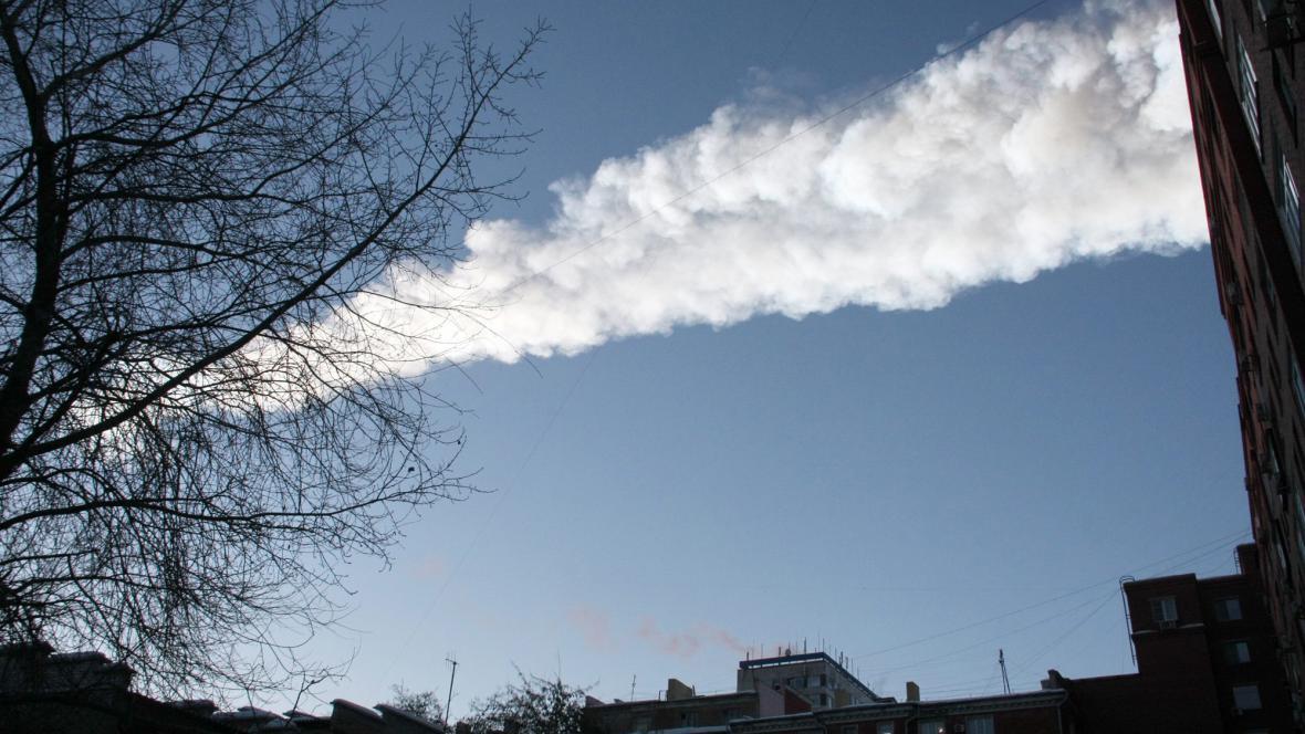 Meteorit nad Čeljabinskem