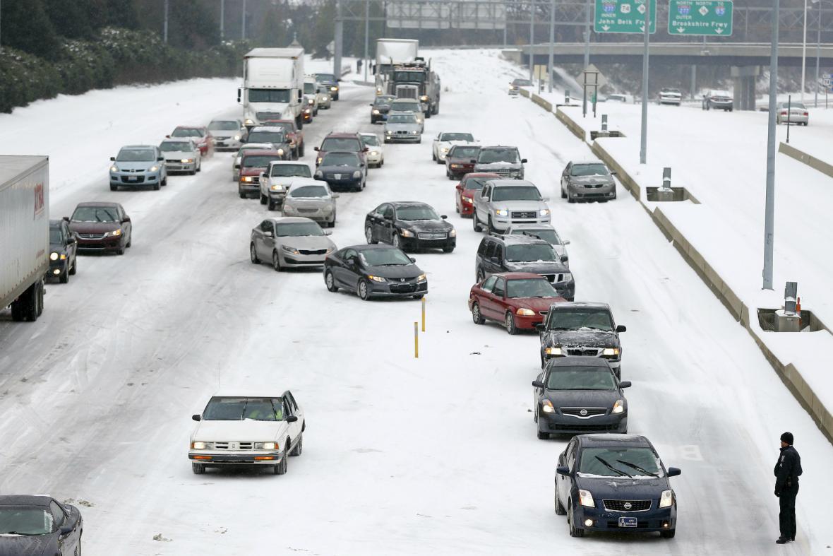 Následky sněhové bouře v Severní Karolíně