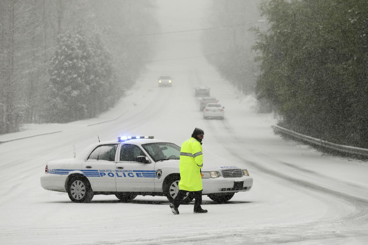 Jih USA zasáhla silná sněhová bouře