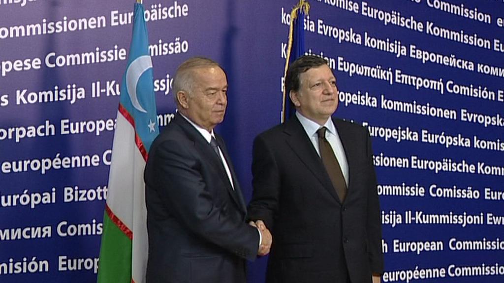 Islam Karimov a José Barroso