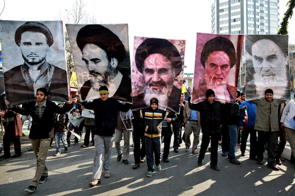 Írán slaví 35. výročí islámské revoluce