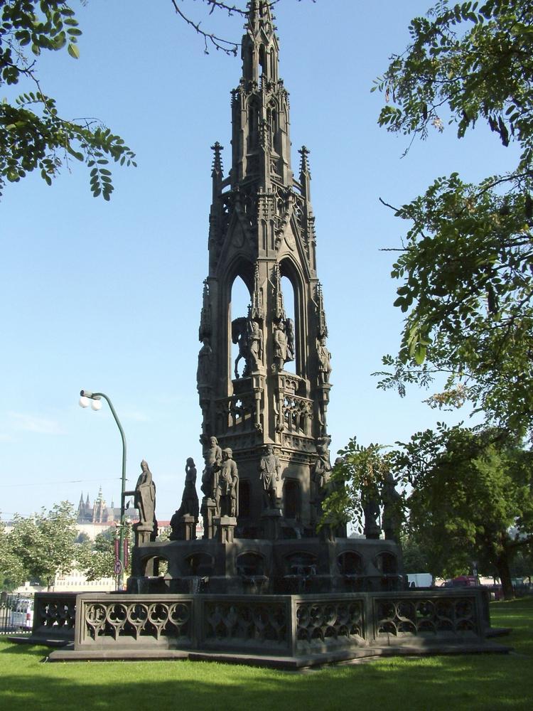 Pomník nazývaný