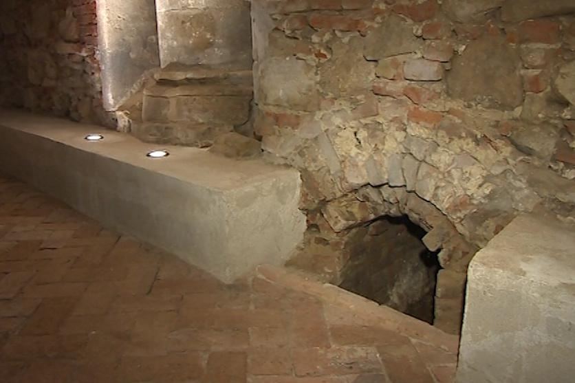 Velehradské podzemí