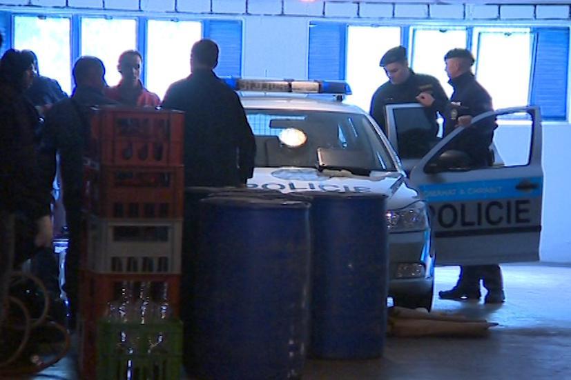 Policejní zátah na lihovou mafii