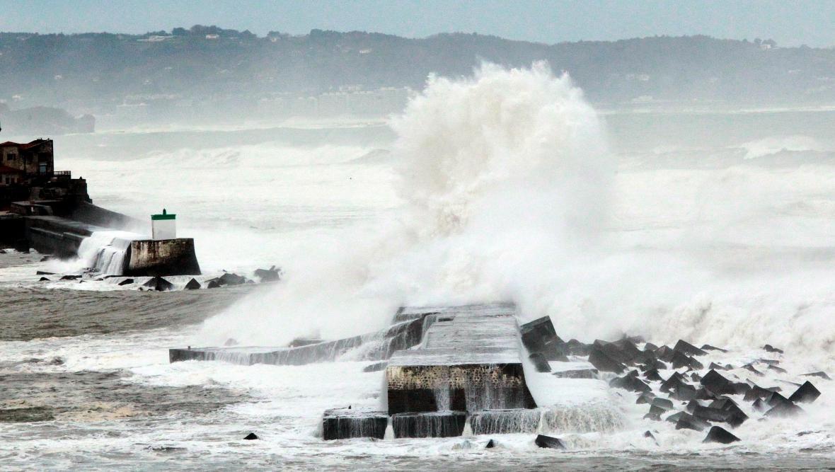 Vysoké vlny v jihozápadní Francii