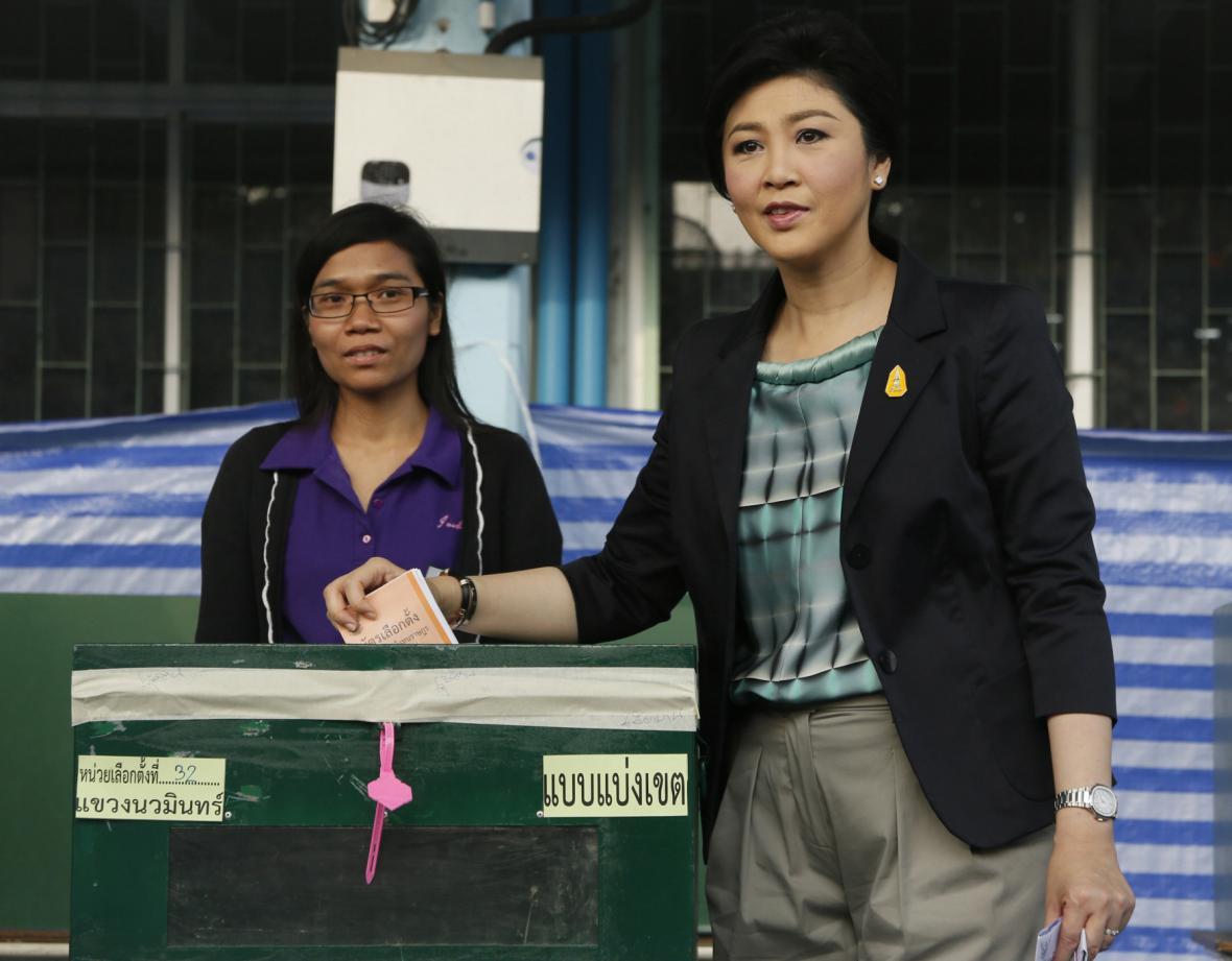 Thajská premiérka Šinavatrová volila mezi prvními