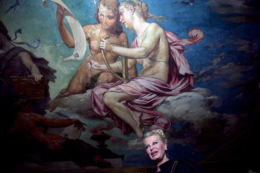 Stropní malby ve foyer Národního divadla