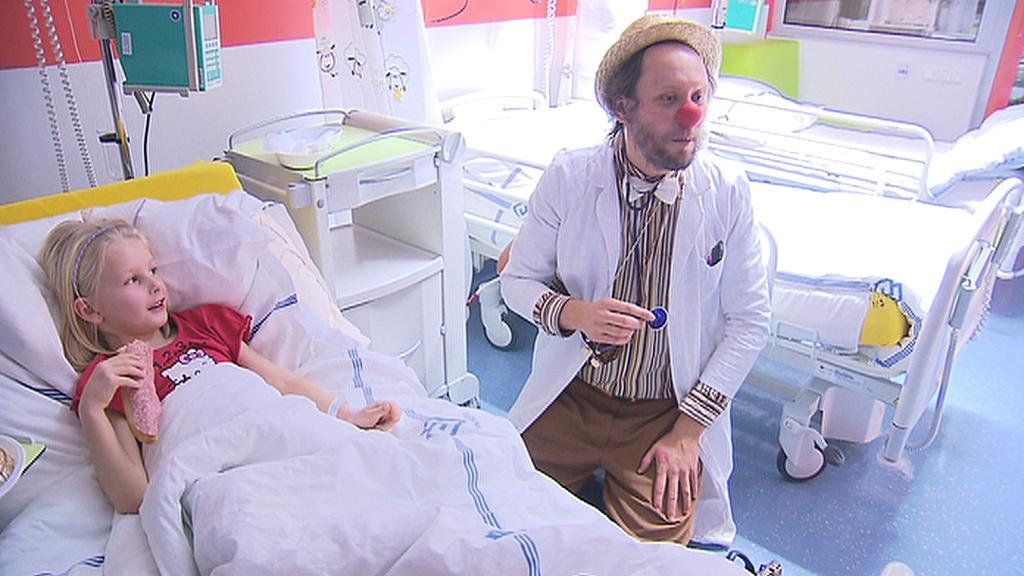 Zdravotní klauni pomáhají dětským pacientům přijít na jiné myšlenky
