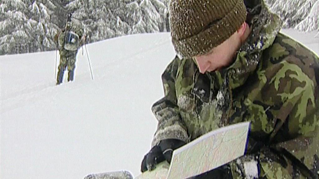 Vojáci řeší úkoly na Winter survival