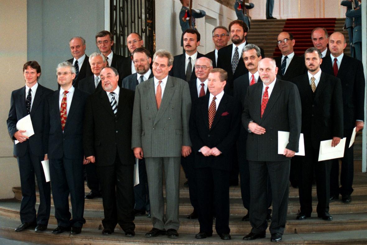 Vláda Miloše Zemana (1998)