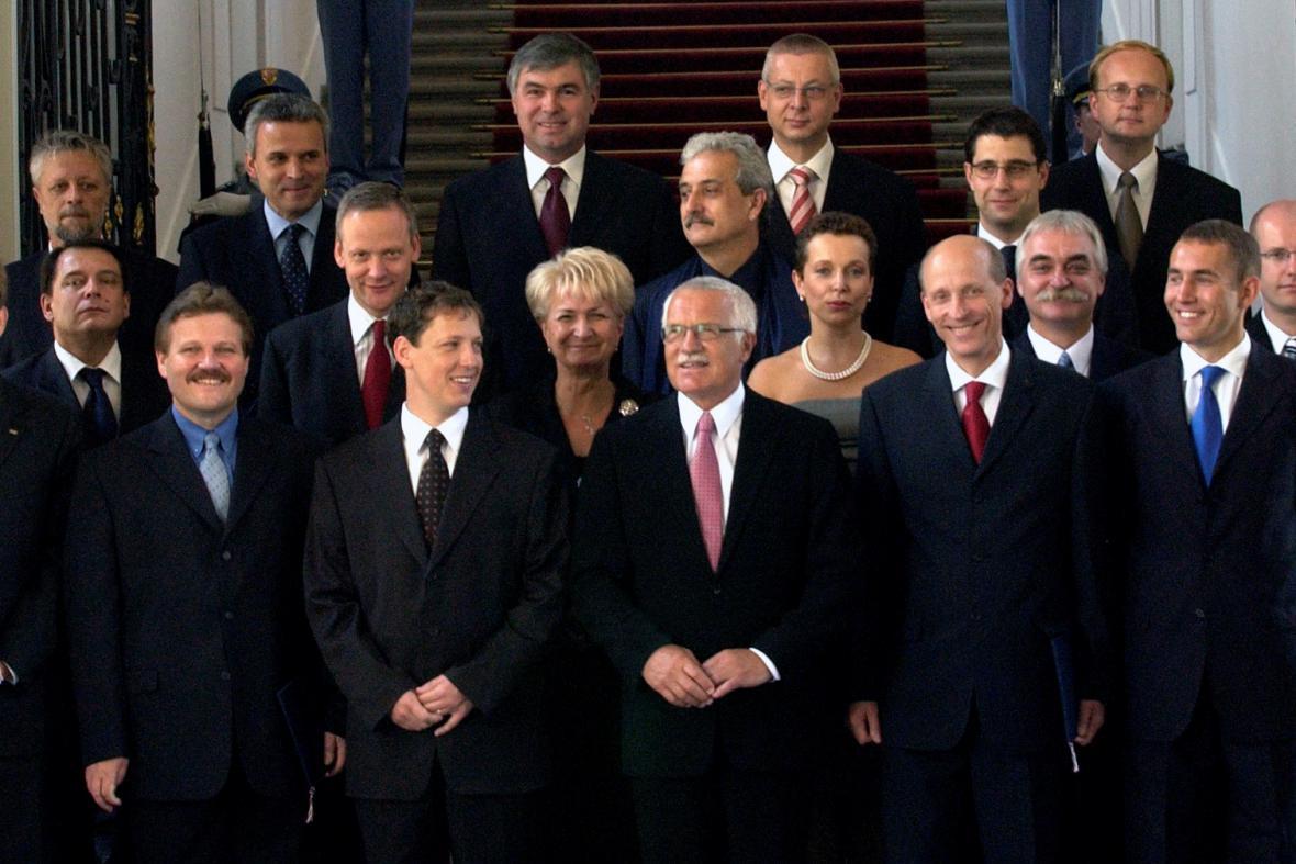 Vláda Stanislava Grosse (2004)