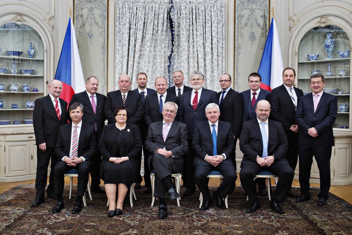Rusnokova vláda na večeři na zámku v Lánech