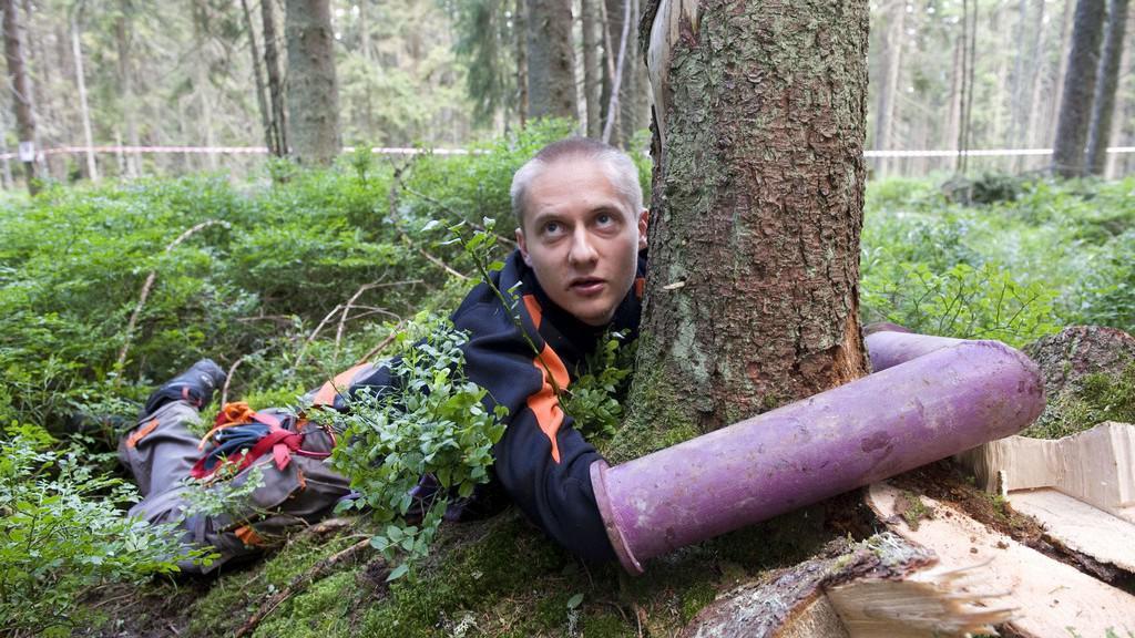 Aktivista bránící strom