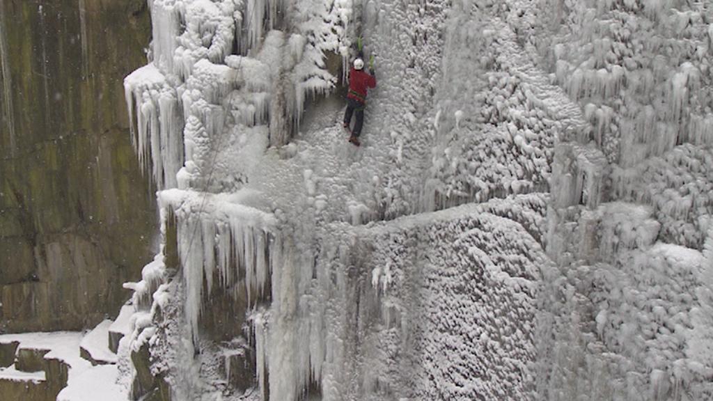 Ledová horolezecká stěna v Liberci