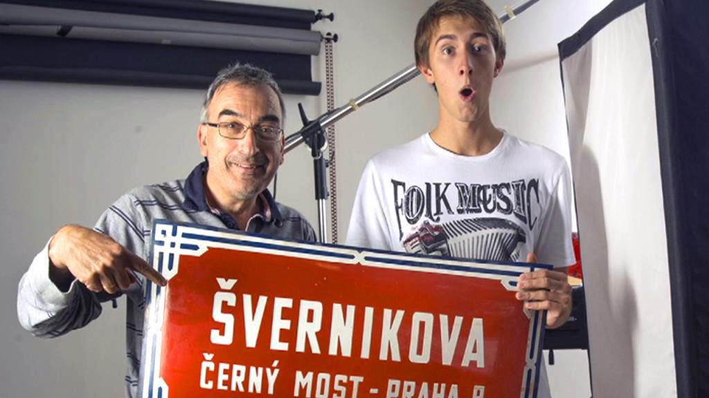 Student Aleš Bartoš se vydal za českými emigranty