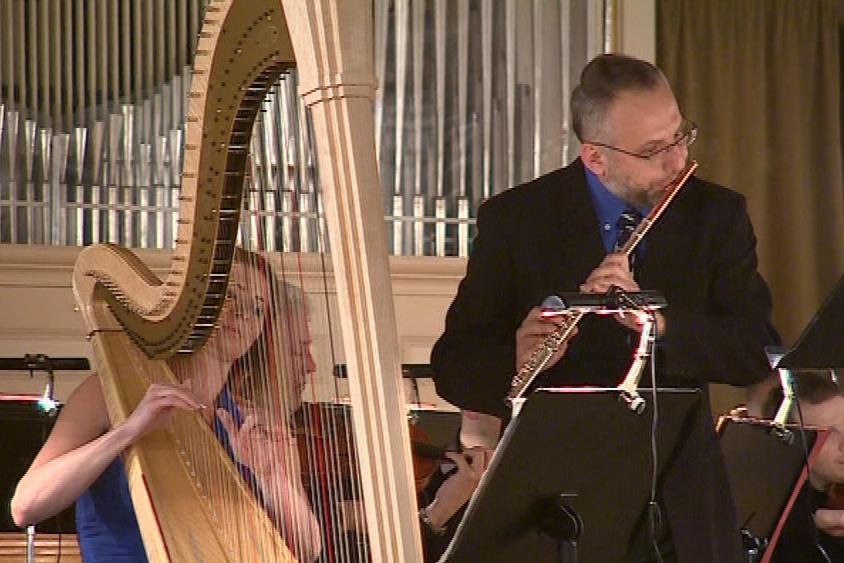 Harfa a flétna patří mezi důležité muzikoterapeutické nástroje