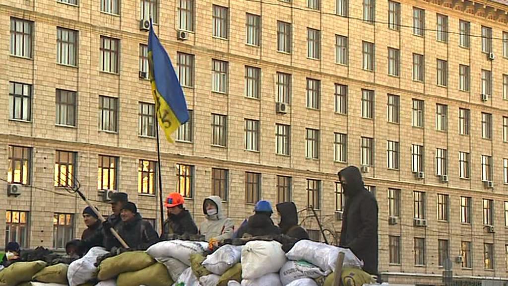 Barikády v ukrajinských ulicích