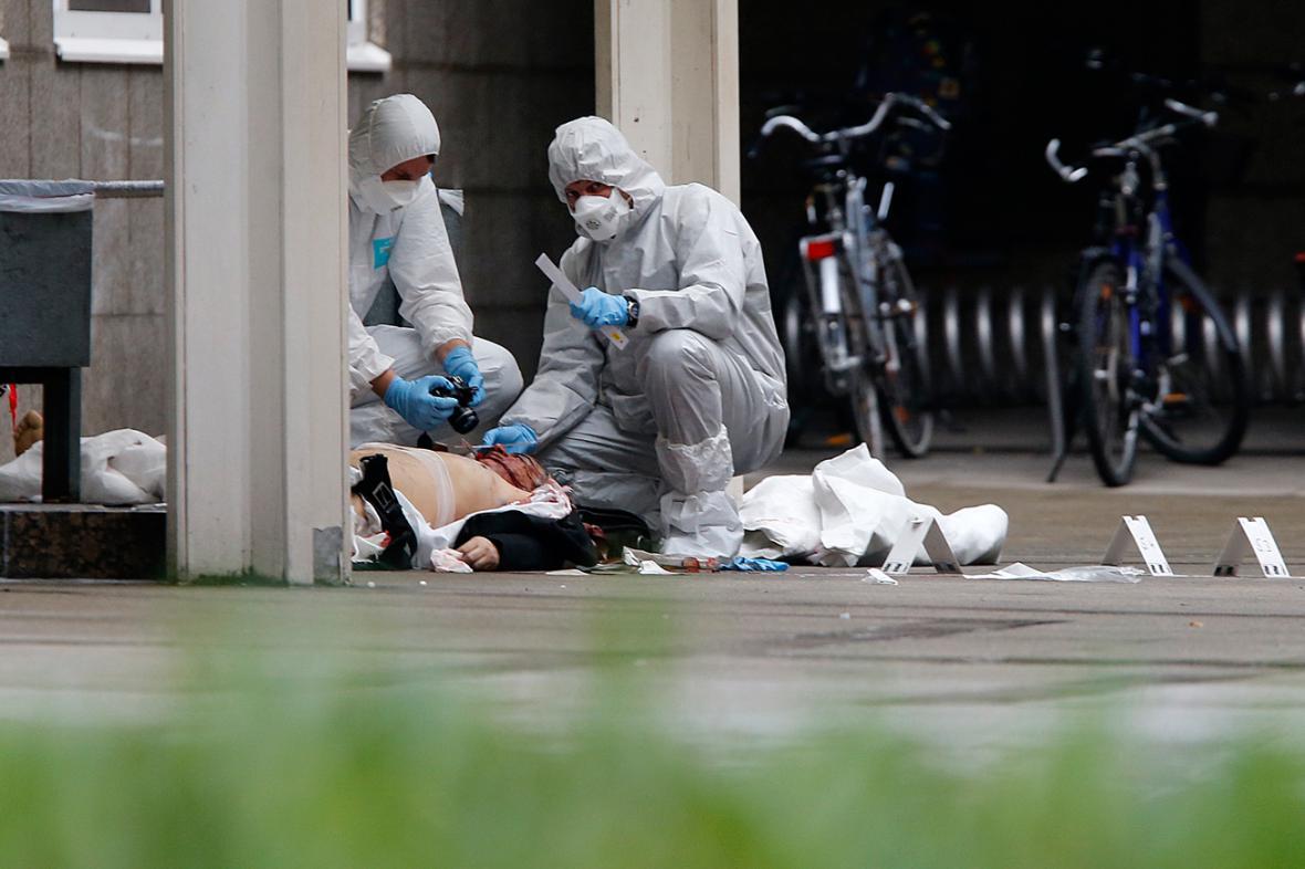 Oběť střelby u soudu ve Frankfurtu