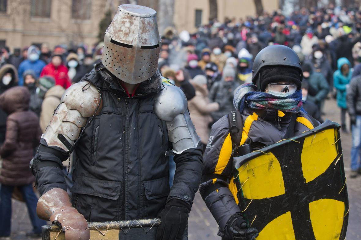 Ukrajinští protivládní demonstranti