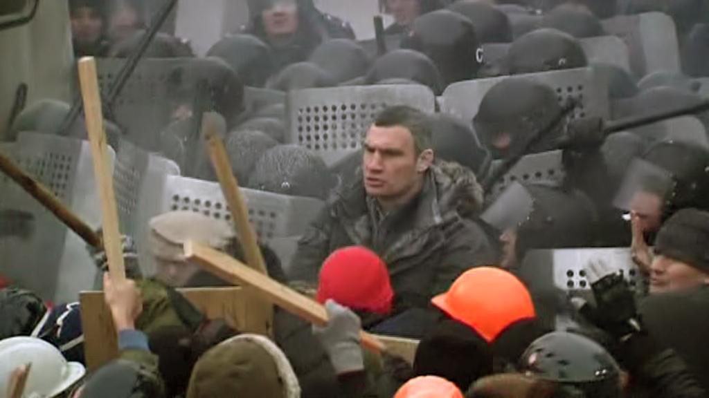Vitalij Kličko na demonstraci v Kyjevě