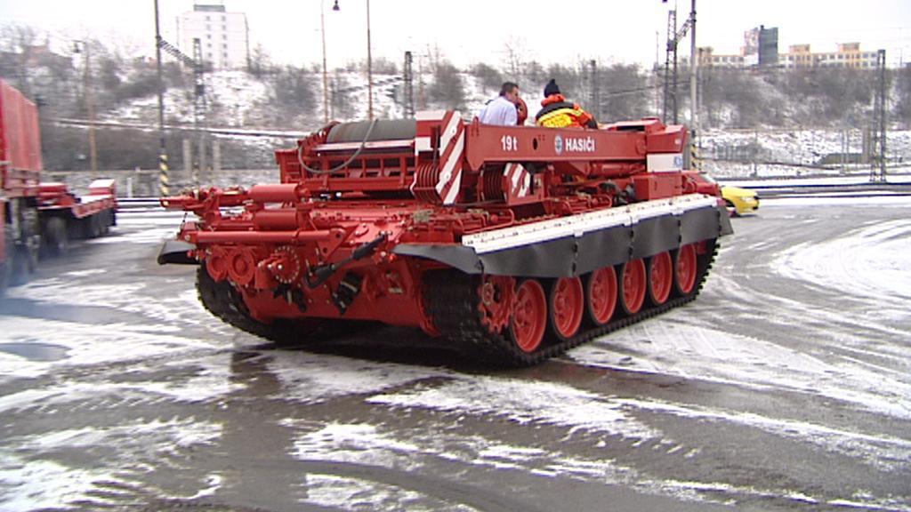 Tank utáhne i lokomotivu