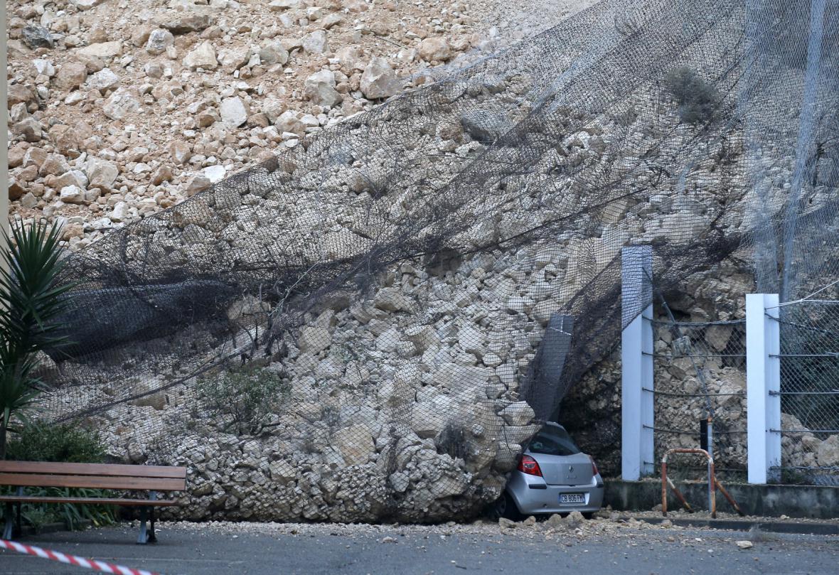 Sesuv půdy po záplavách ve Francii
