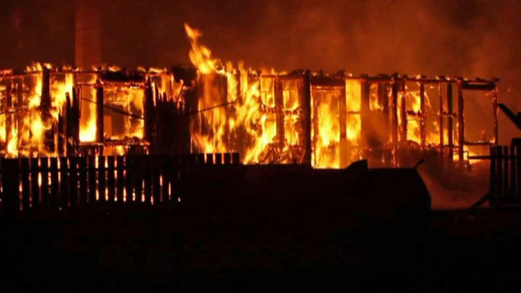 Požár v norském Lærdalsøyri
