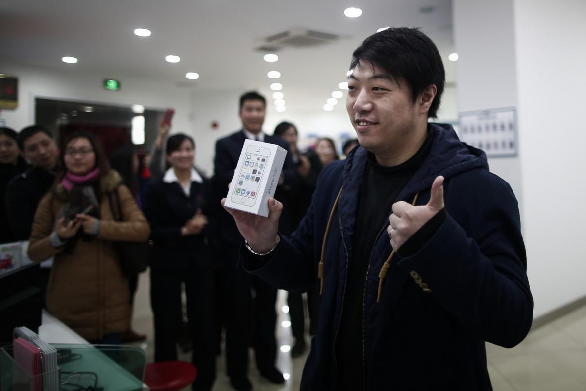 První čínský zákazník si koupil iPhone