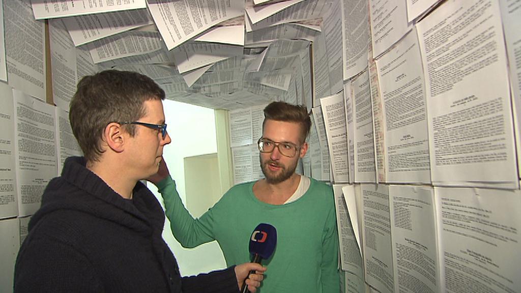 Jan Kratochvil s redaktorem ČT24 Petrem Meškánem