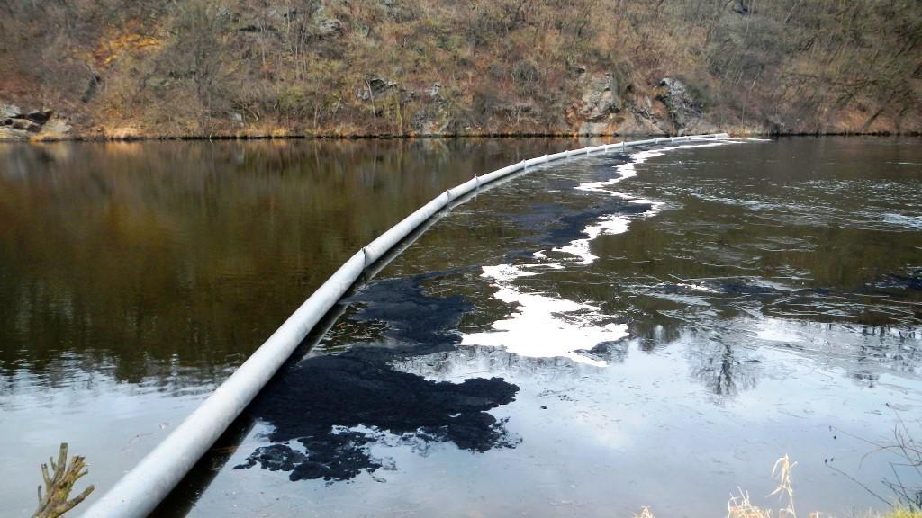 Ropná havárie v Týně nad Vltavou