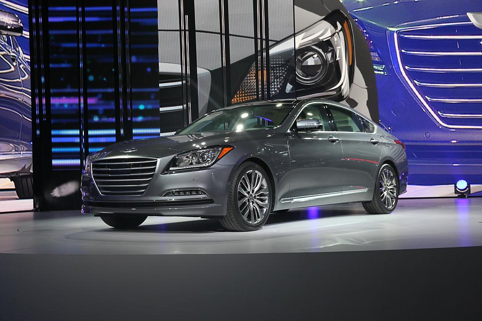 Genesis, sedan od Hyundai