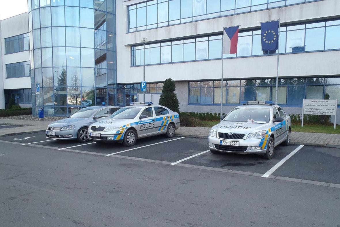 Policisté zasahovali na zlínském soudě