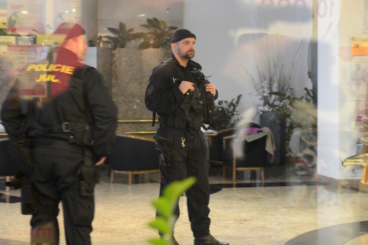 Policejní zátah v EGAPu