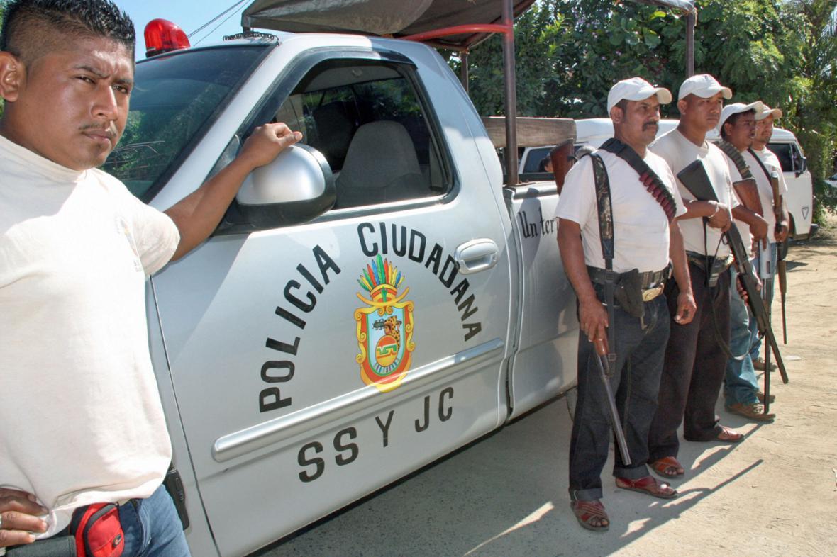 Mexické Acapulco sází na občanskou sebeobranu
