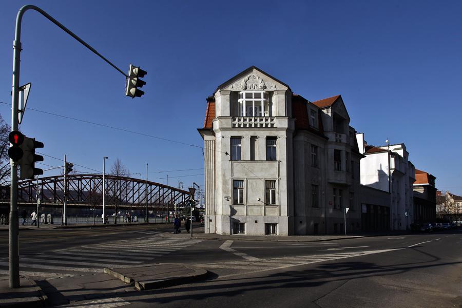 Secesní vila s kubistickými prvky Na Libušince v Praze