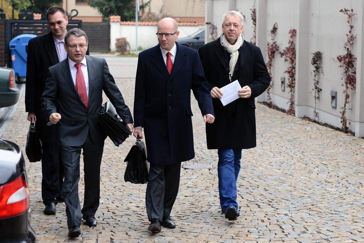 Lubomír Zaorálek, Bohuslav Sobotka a Milan Chovanec (ČSSD)