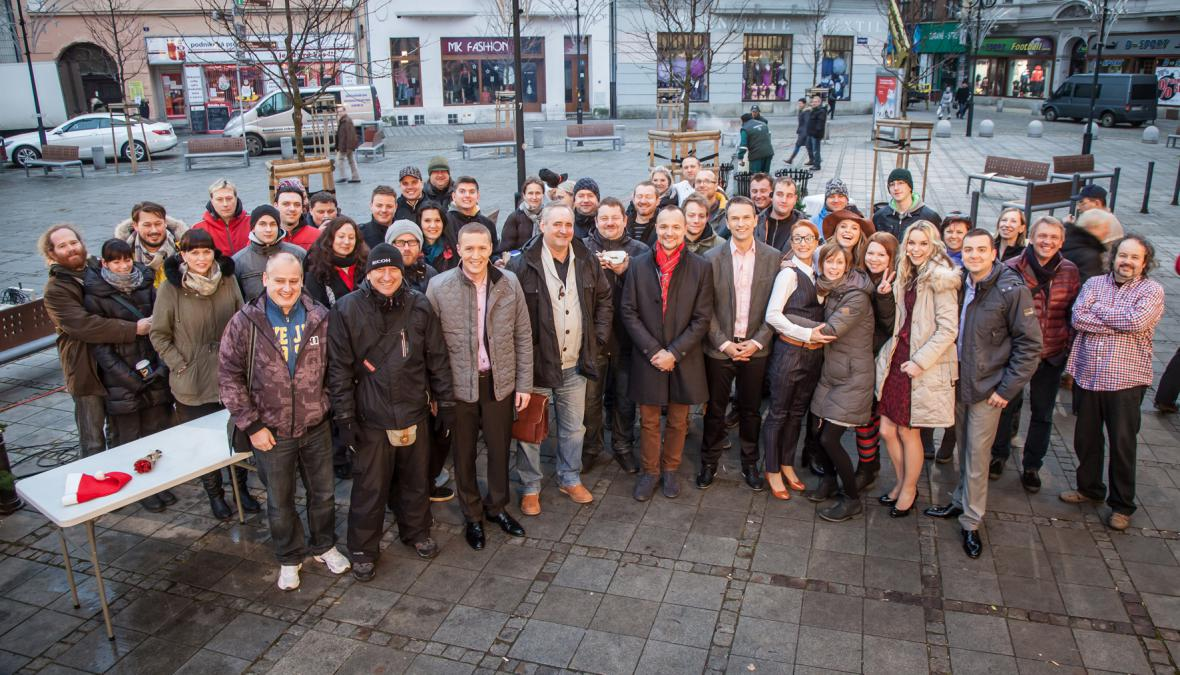 Dobré ráno živě z Kuřího rynku v Ostravě pro diváky České televize připravili…