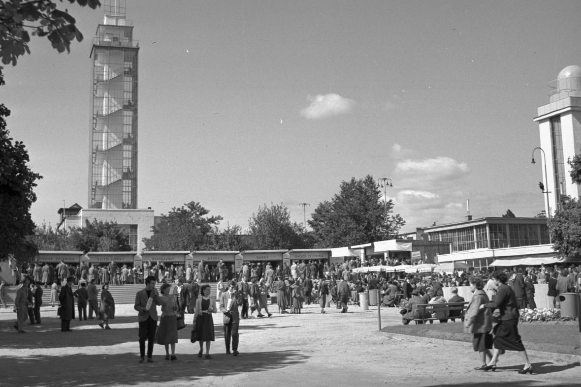 Druhý strojírenský veletrh v Brně (1956)