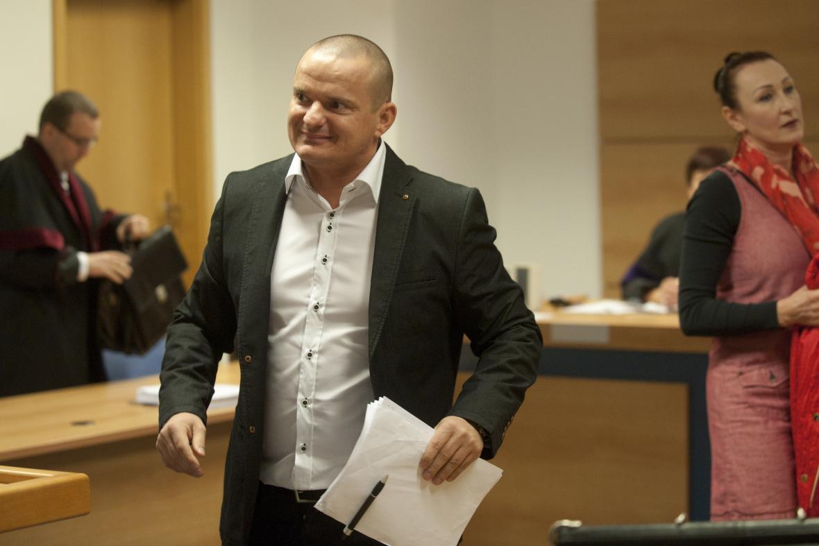 Někdejší detektiv ÚOOZ Marian Hanák u soudu