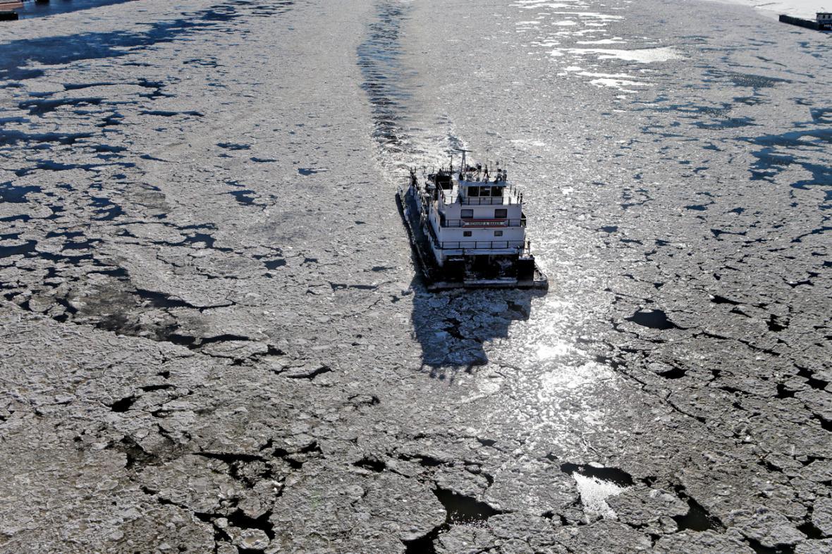 Zamrzlá řeka Mississippi