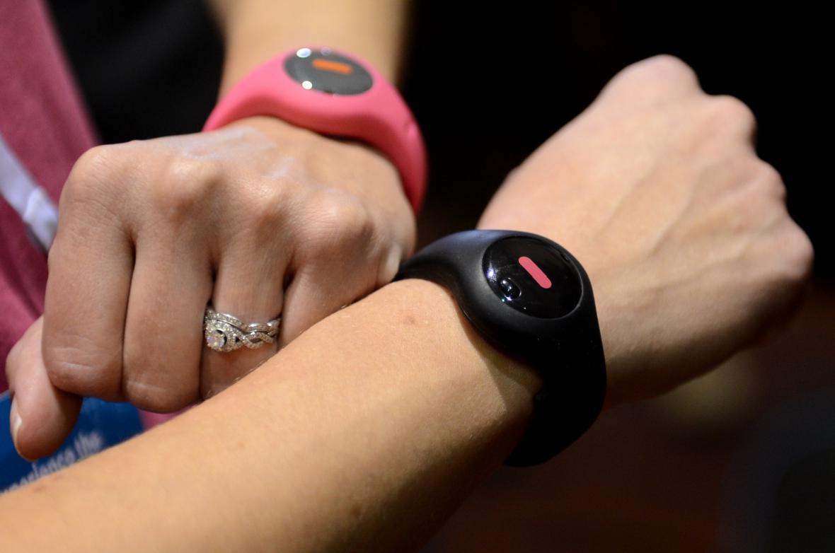Chytré hodinky umí změřit počet spálených kalorií