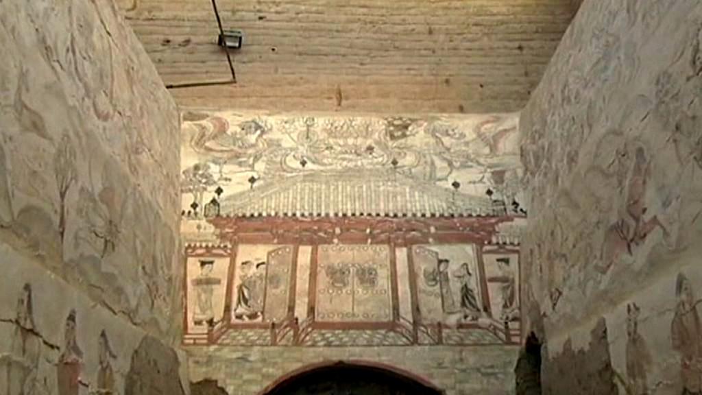 Freska velké dřevěné budovy