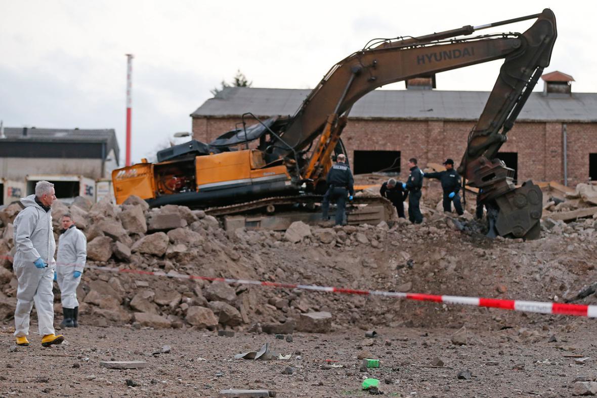 Bomba z druhé světové války zabila bagristu v Euskirchenu